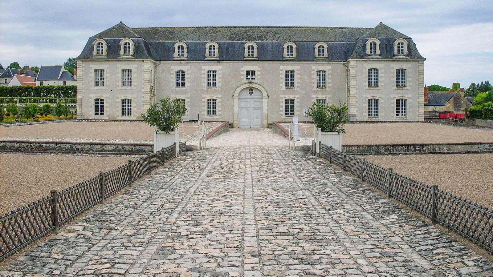 Von außen lässt das Château de Villandry kaum ahnen, was für ein Juwel es ist! Foto: Hilke Maunder
