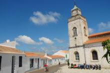 F/Vendée/Île d'Yeu/Port Joinville: Kirche Notre-Dame du Port