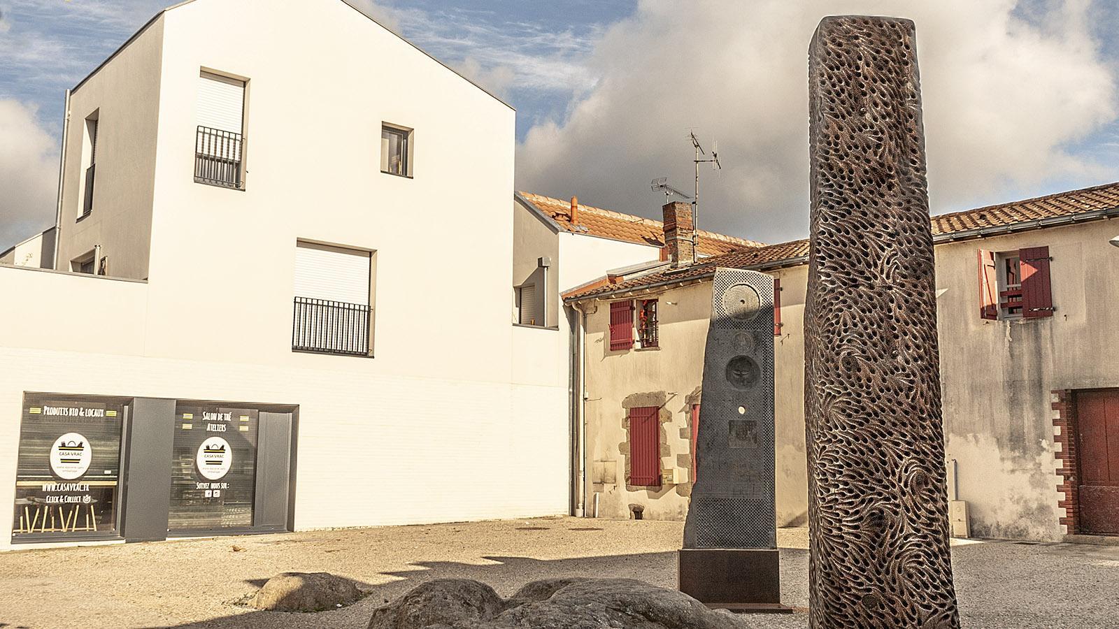 Clisson: Skulptur von Bozo. Foto: Hilke Maunder