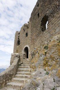 F/Languedoc-Roussillon/Pyrénées Orientales/Katharer: Château de Quérib us