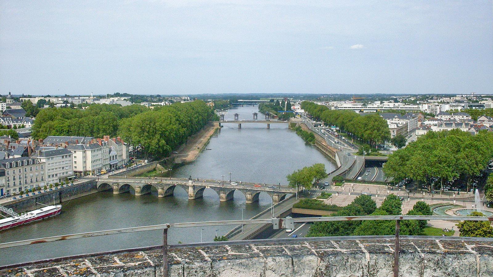 Angers: Blick vom Schloss auf die Maine. Foto: Hilke Maunder