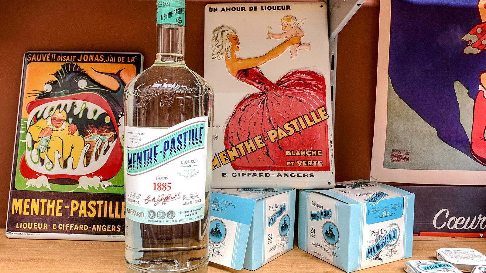 Ein weiterer kulinarischer Botschafter aus Angers: Menthe-Pastille als Likör und Lutschpastille. Foto: Hilke Maunder