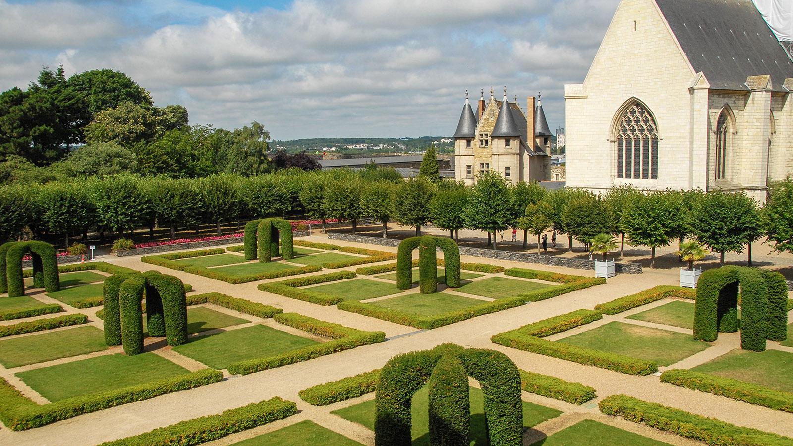 Französisch ornamental: der Schlossgarten des Château d'Angers. Foto: Hilke Maunder
