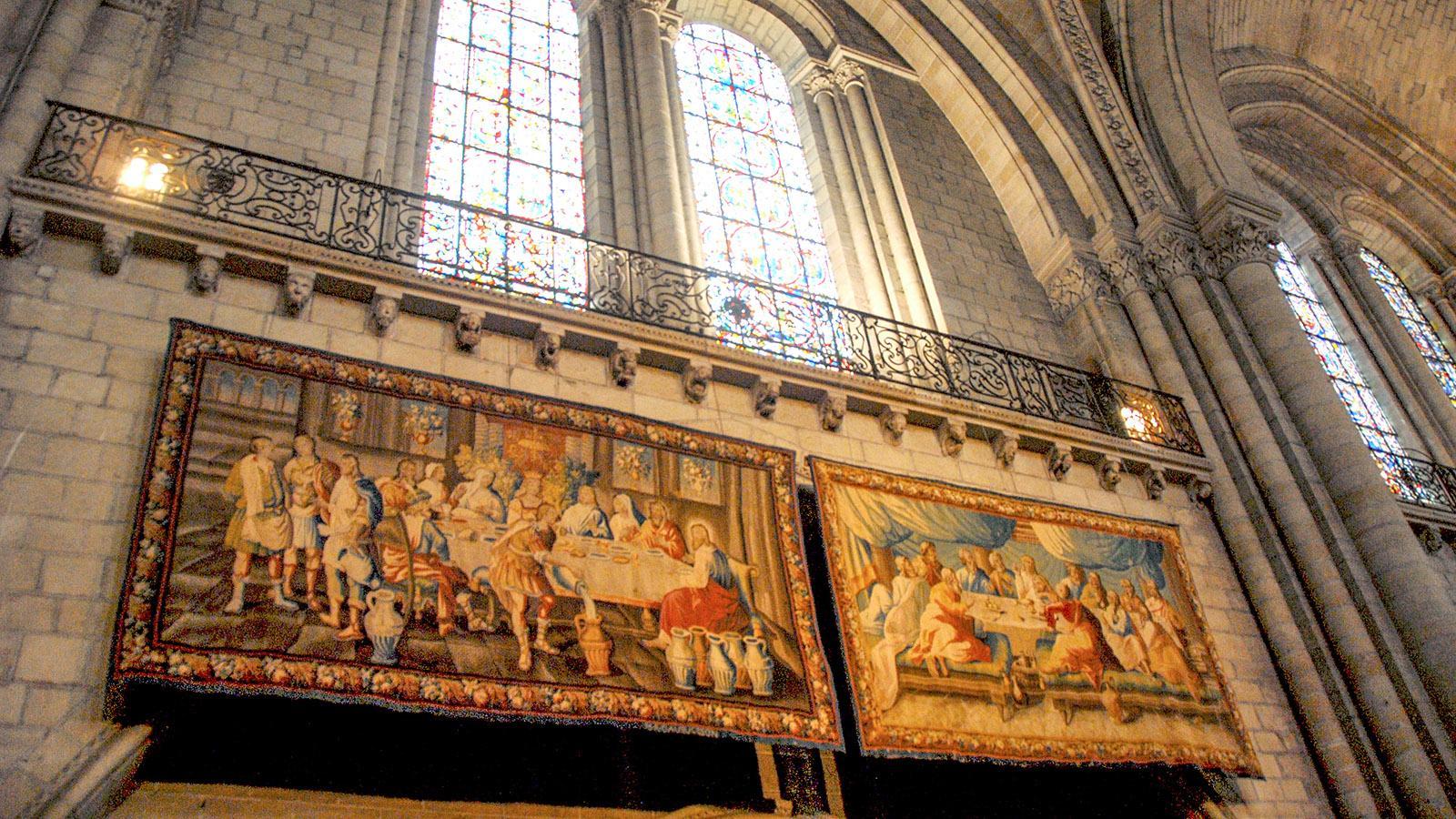 Angers: Wandteppiche schmücken die Cathédrale Saint-Maurice. Foto: Hilke Maunder