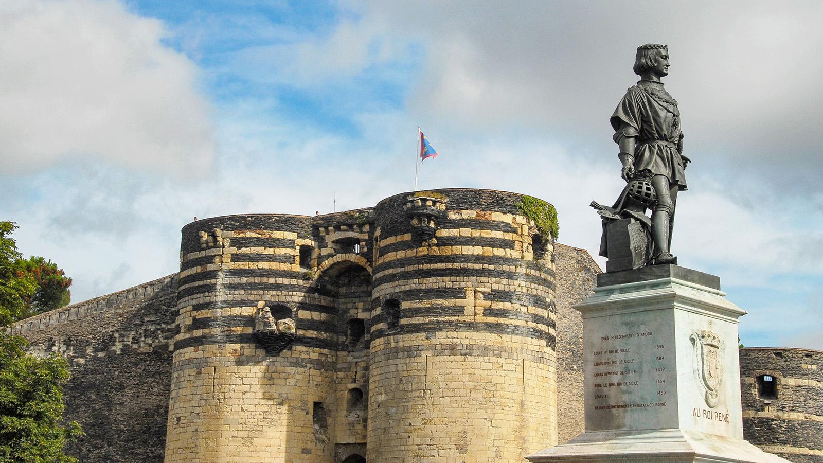 Der gute König René vor seinem Schloss in Angers. Foto: Hilke Maunder