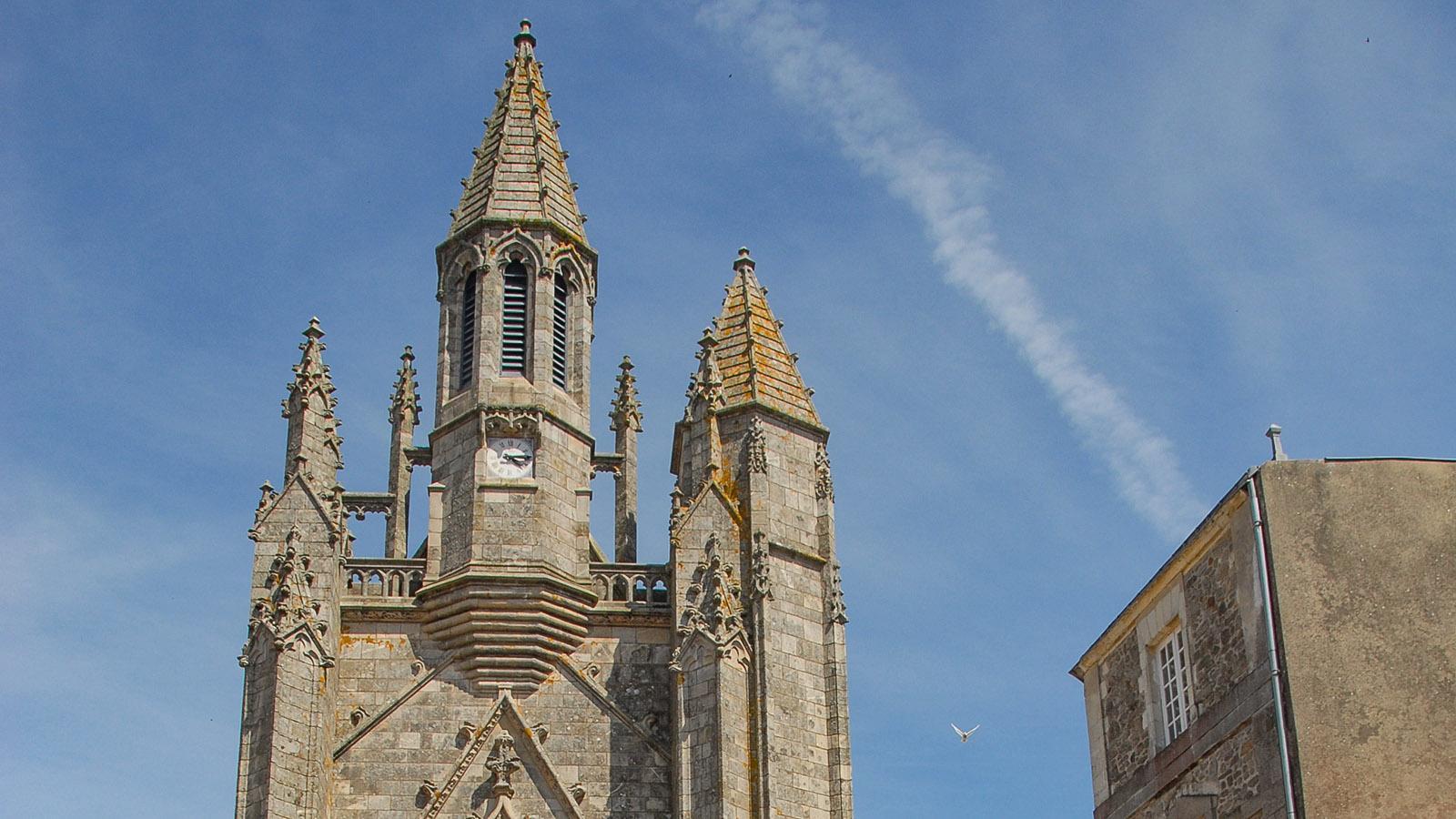 Guérande. Der Turm der Stiftskirche Collégiale St-Aubin. Foto: Hilke Maunder