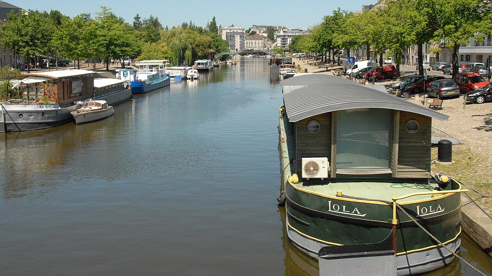 Nantes: Hausboote auf der Erdre