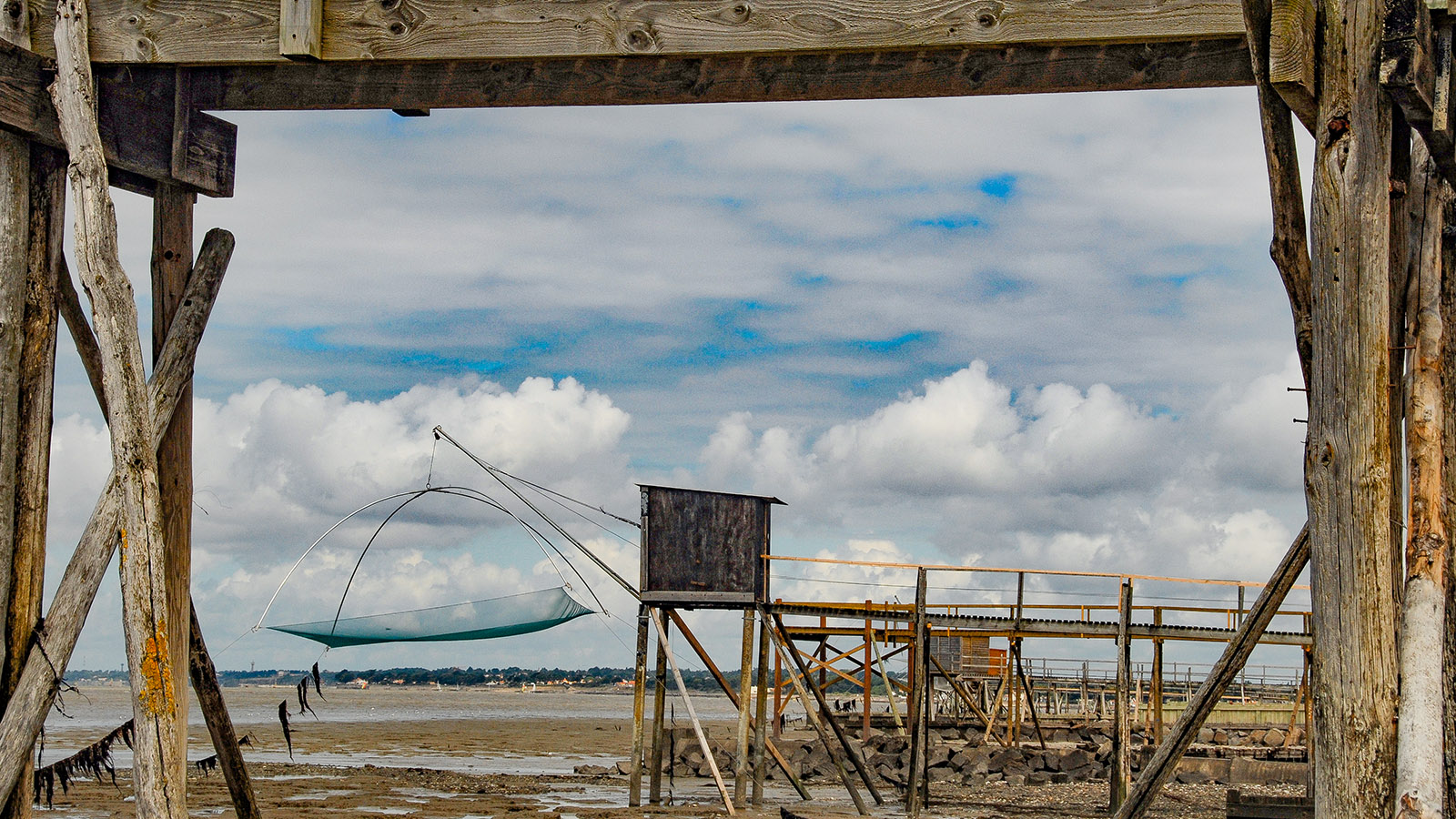 Baie de Bourgneuf: carrelet (Fischerhütte auf Stelzen). Foto: Hilke Maunder