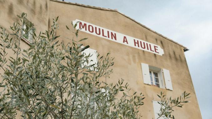 Diese Olivenmühle von Nyons findet ihr am Eygues-Fluss. Foto: Hilke Maunder
