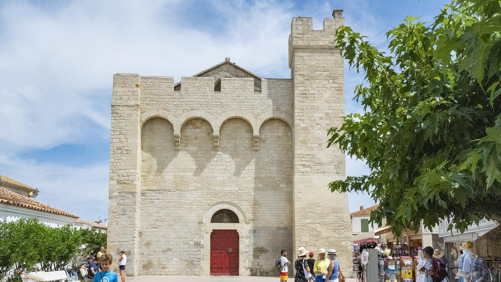 Die Pfarrkirche von Les Saintes-Maries-de-la-Mer. Foto: Hilke Maunder