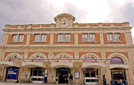 F/Languedoc-Roussillon/PyrŽnŽes Orientales: Perpignan, Bahnhof