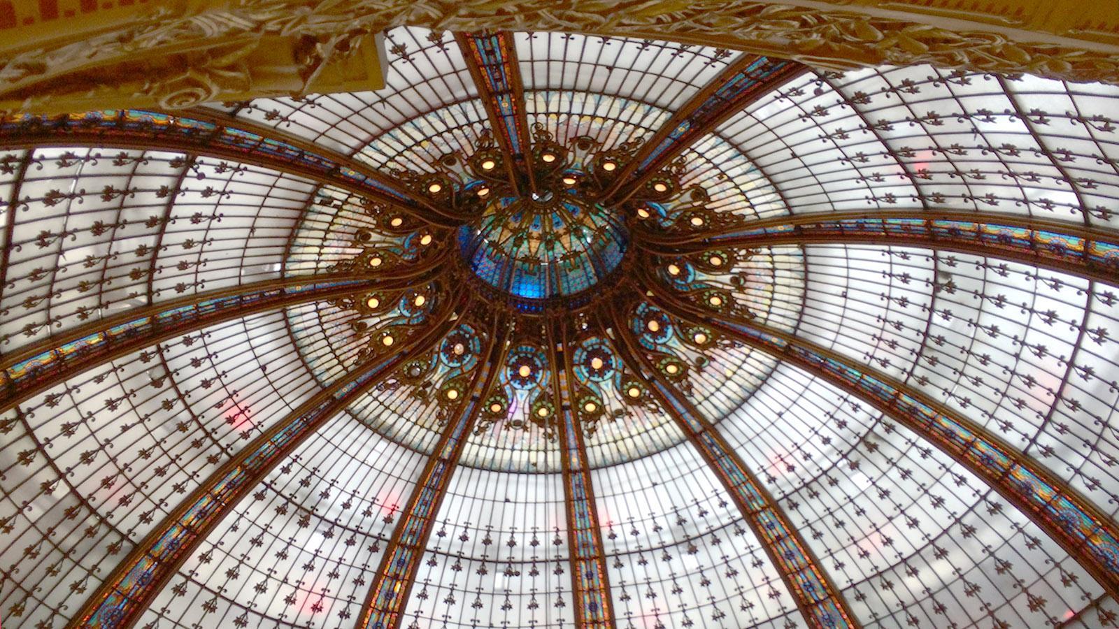 Das Glasdach der Galeries Lafayette. Foto: Hilke Maunder