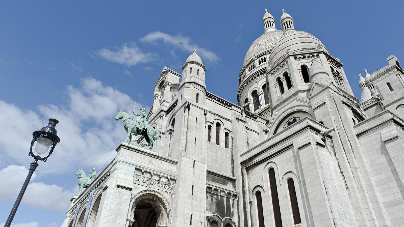 Die Spitze der Butte von Montmartre bekrönt die neobyzantische Basilika Sacré-Cœur. Foto: Hilke Maunder