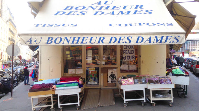 F_Paris_Montmartre_St-Pierre_Stoffe_2_credits_Hilke Maunder