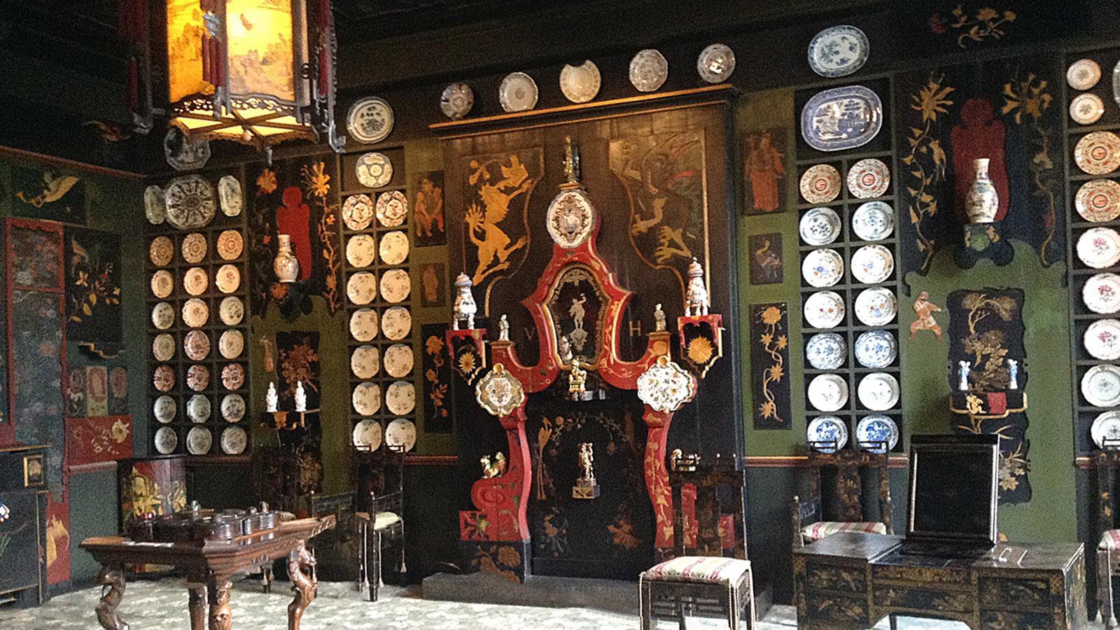 Im Innern der Maison Victor Hugo (sorry, Handy-Foto!). Foto: Hilke Maunder