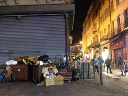 Provence_Marseille_Müll_Dreck_Nacht_©Hilke Maunder