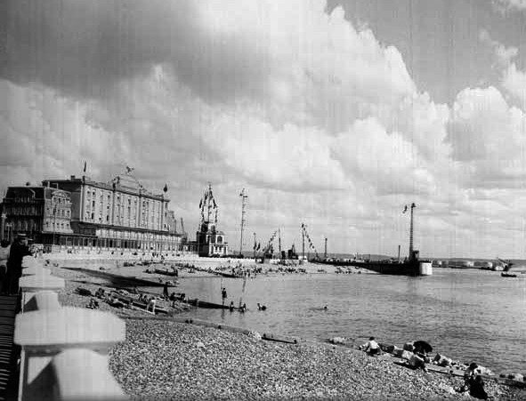 Le Havre_Grandhotel Frascati_Leuchtturm_©Georges Priem, collections Musées Historiques_Ville du Havre