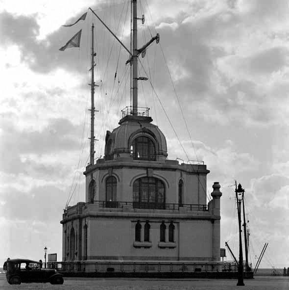 Le Havre_Leuchtturm_©Georges Priem, collections Musées Historiques_Ville du Havre