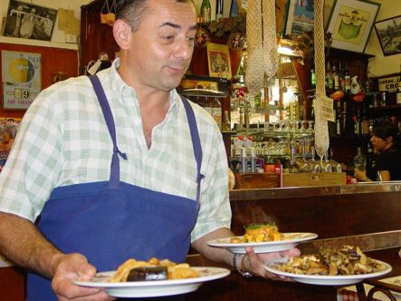 Lyon_Bouchon_Hausmannskost_Gastronomie_Küche_Bistro_©Hilke Maunder
