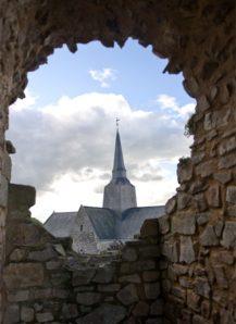 Mayenne_Sainte-Suzanne_Kirche_credits Hilke Maunder