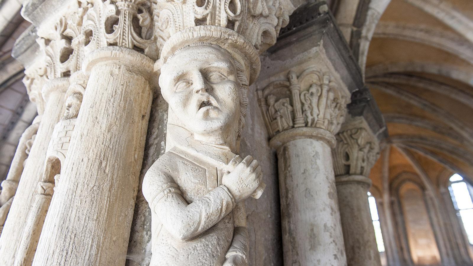 Blutrünstig: ein Kapitel in der Abteikirche von St-Martin-de-Boscherville. Foto: Hilke Maunder