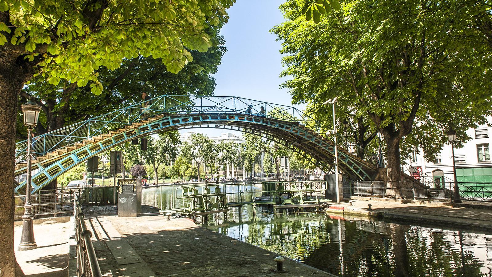 Wunderschön: die historischen Brücken über den Canal Saint-Martin. Foto: Hilke Maunder