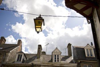 Lassay-les-châteaux_Dächer_©Hilke Maunder