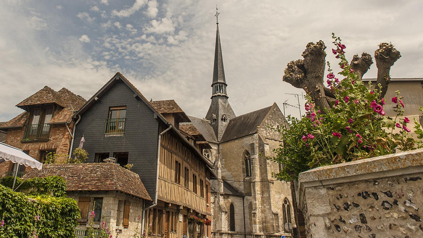 Les Andelys: die Stiftskirche Notre-Dame. Foto: Hilke Maunder