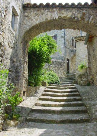 Drôme_Mirmande_Treppenweg_©Hilke Maunder