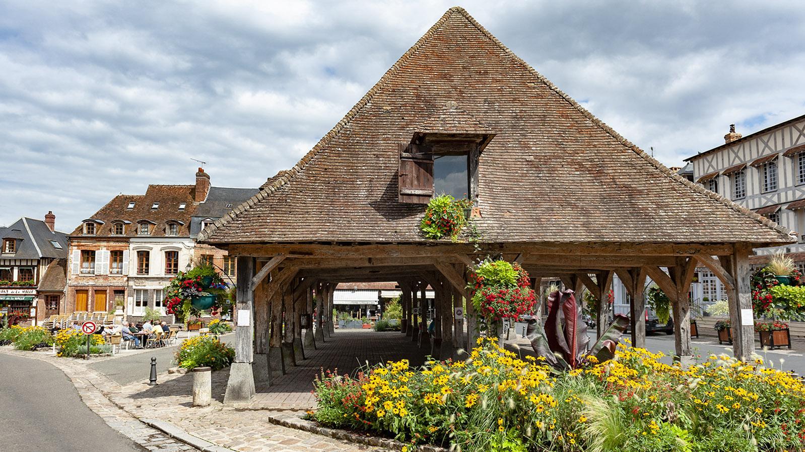 Pays de Caux: die Markthalle von Lyons-la-Forêt. Foto: Hilke Maunder