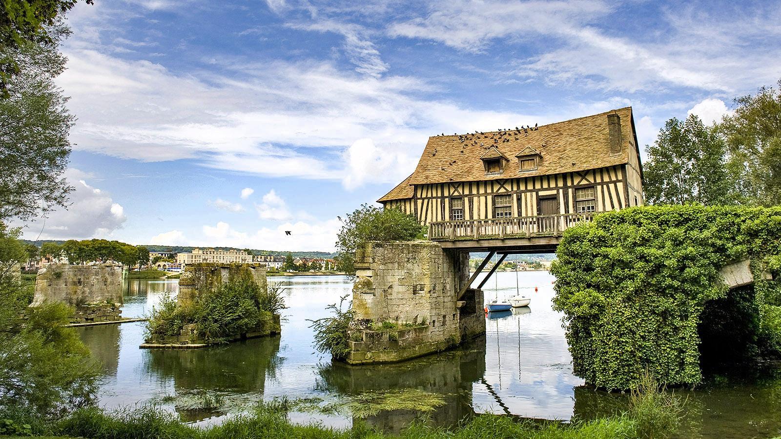 Wahrzeichen von Vernon: die Wassermühle, die auch Monet gemalt hat. Foto: Hilke Maunder