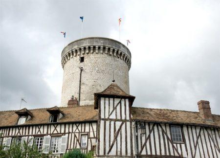 Normandie_Seine_Vernon_Fachwerk_Turm des Parc des Arts
