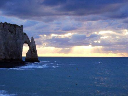 Normandie_etretat-porte d'aval_OT_crecc81dit-fabienne-s-d