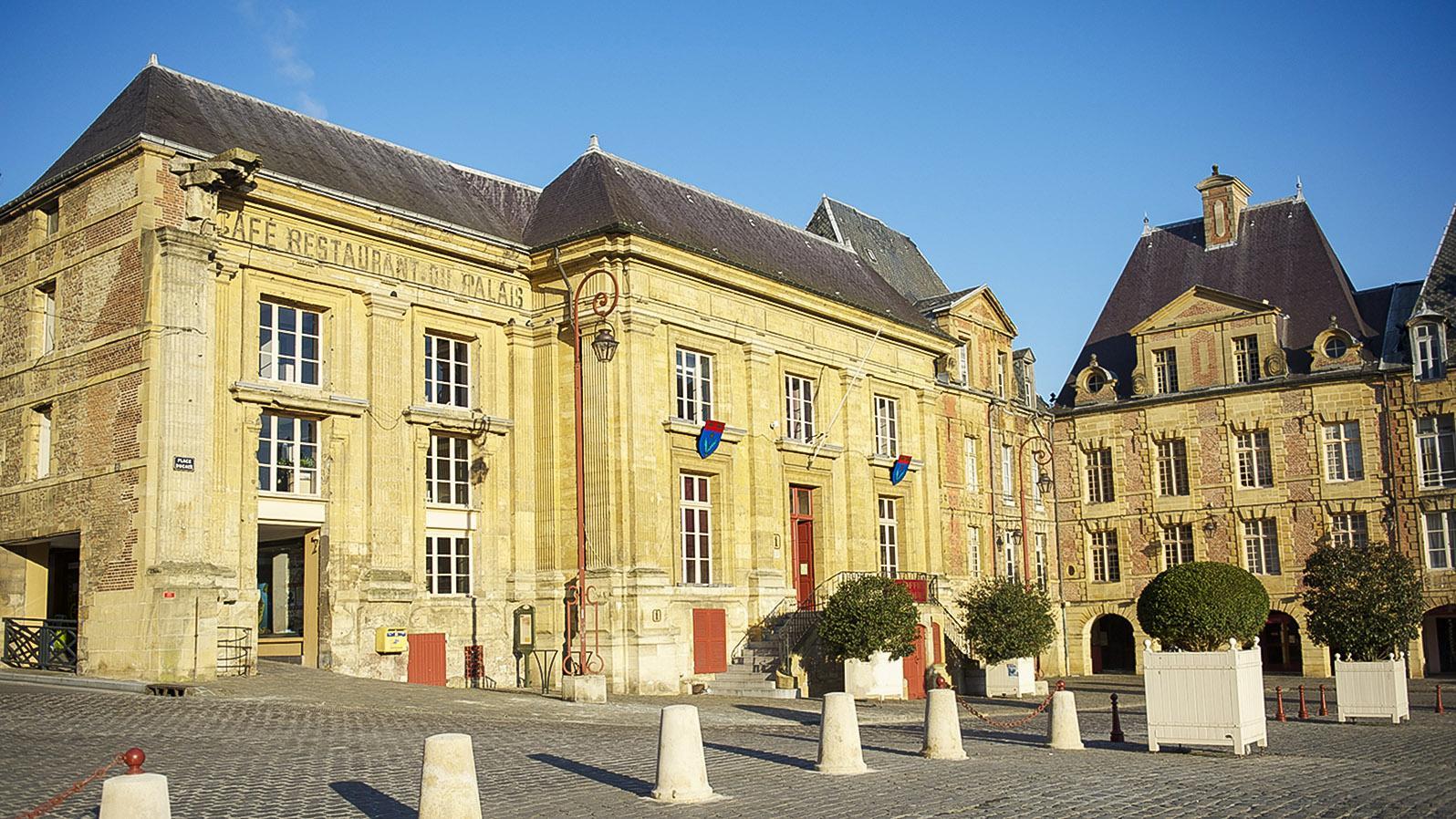 Die Place Ducale von Charleville-Mézières. Foto: Hilke Maunder