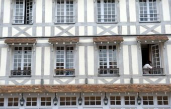 Normandie-Lyons la Fôret_Hôtel du Grand Cerf_Fassade_©Hilke Maunder