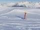 La Plagne: Kind fährt im Tiefschnee. Foto: Hilke Maunder