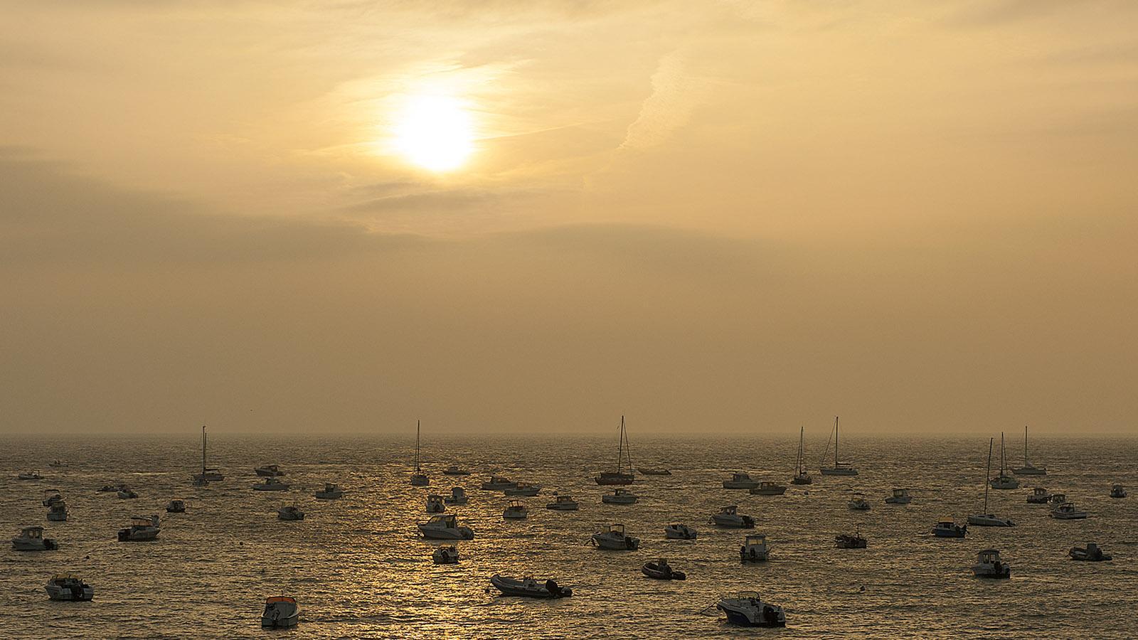 Cancale: Sonnenaufgang am Port-Mer. Foto: Hilke Maunder