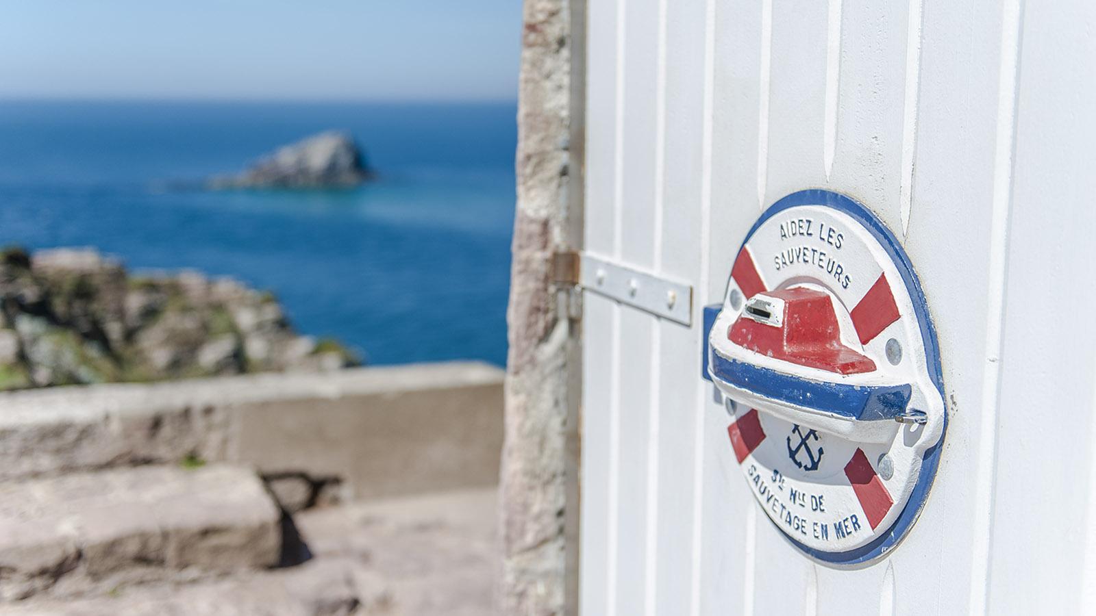 Cap Fréhel: Sammelbox für die Seenotrettung. Foto: Hilke Maunder