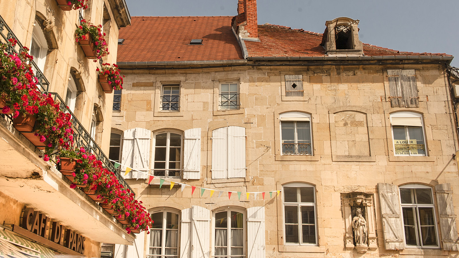 Bei Diderot in Langres: Fassaden. Foto: Hilke Maunder