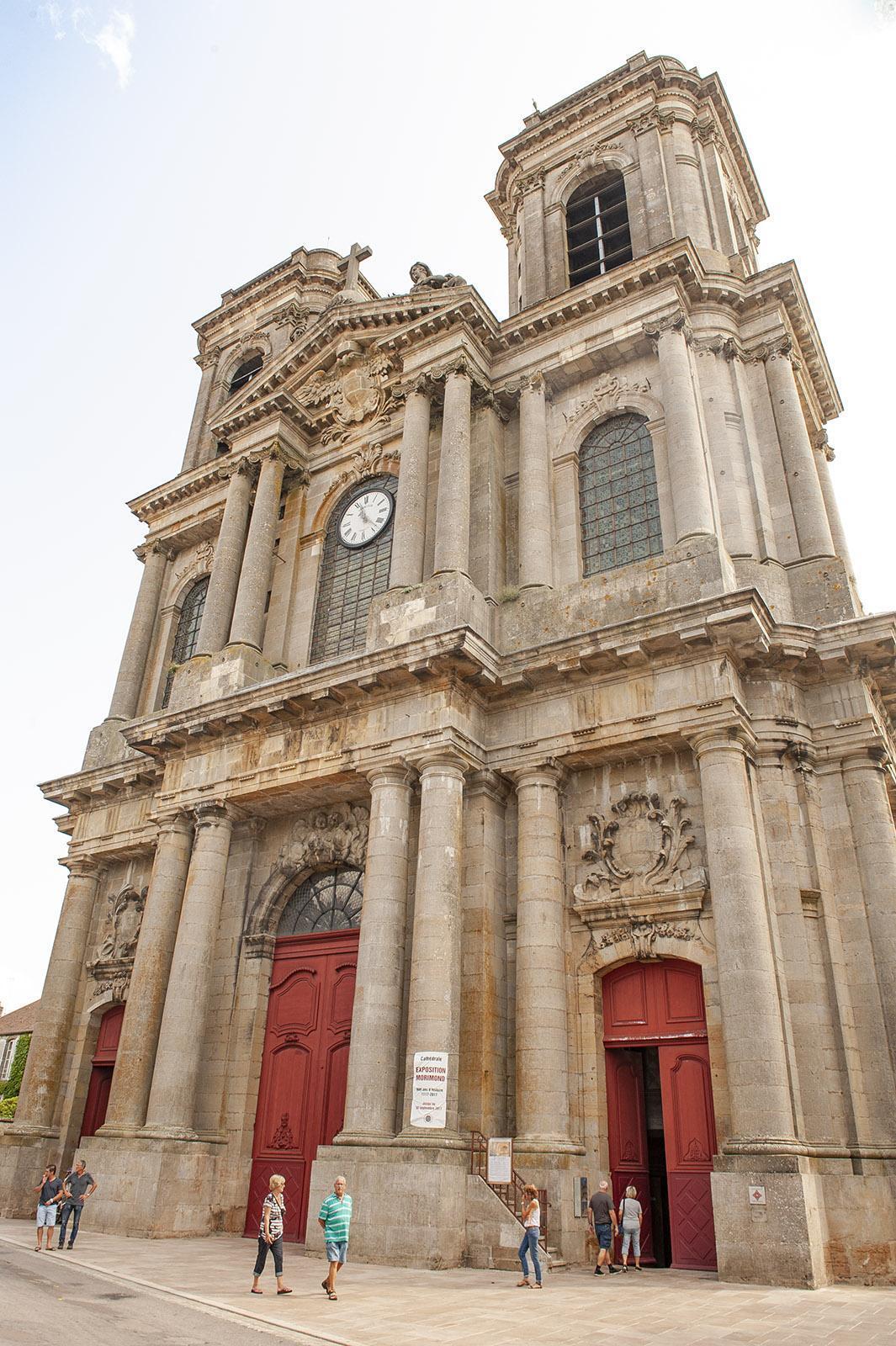 Bei Diderot in Langres: Kathedrale. Foto: Hilke Maunder