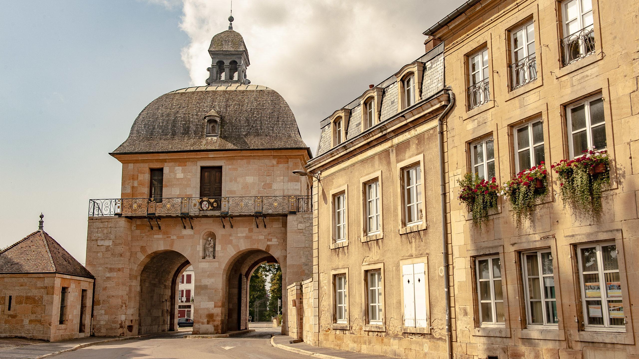 Bei Diderot in Langres: Porte des Moulins. Foto: Hilke Maunder