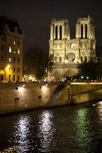 Paris_Kathedrale Notre Dame_Seine_Nacht_©Hilke Maunder