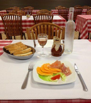 Tincques_Hotel_Cafe_Legris_Menü_1_©Hilke Maunder