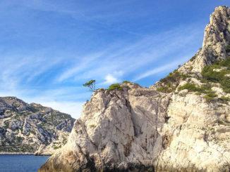 Calanques des Marseille: Calanques-Küste bei Surgiton. Foto: Hilke Maunder