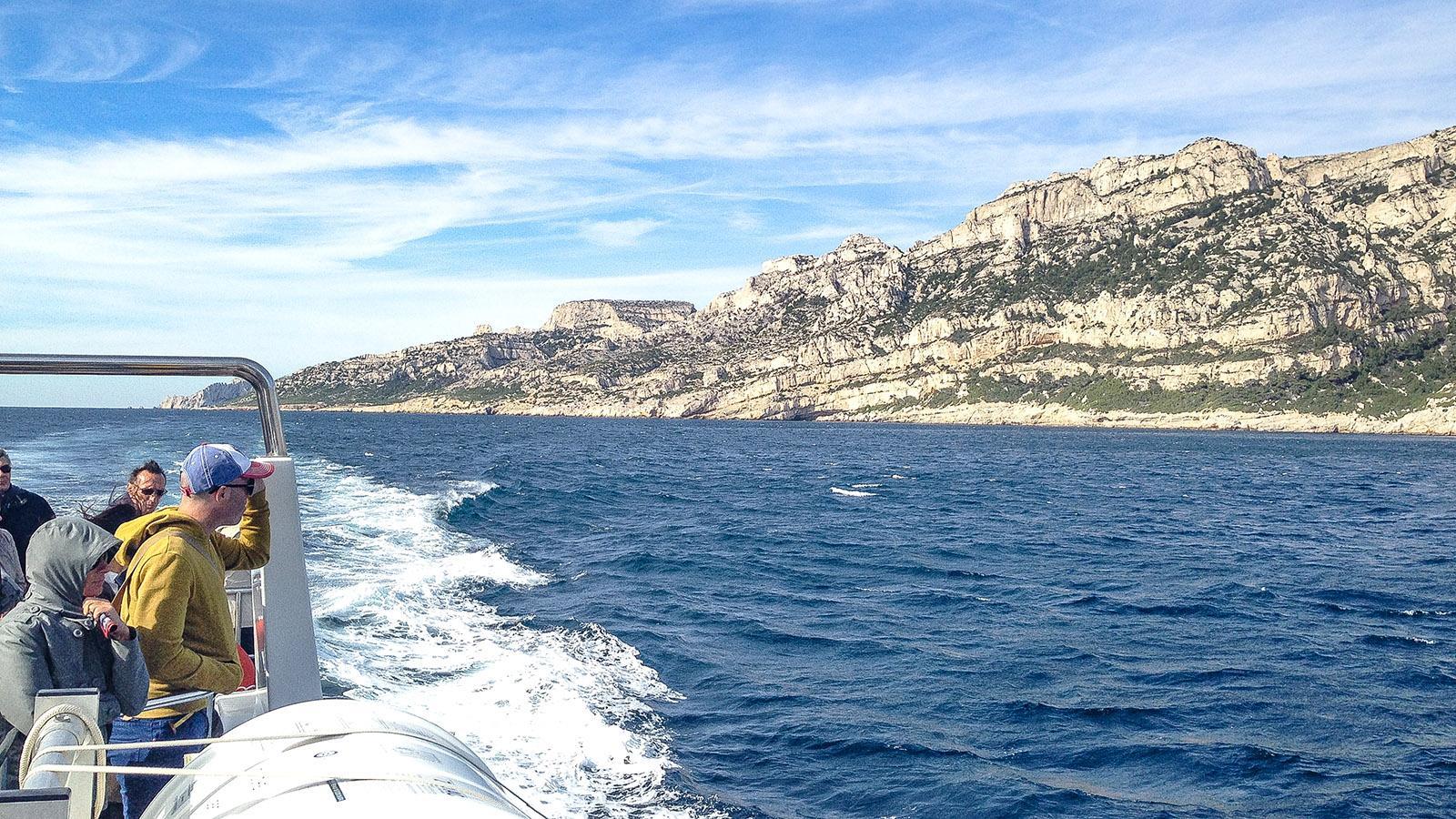 Blick auf die Calanqueküste hinter dem Cap Croisette. Foto: Hilke Maunder
