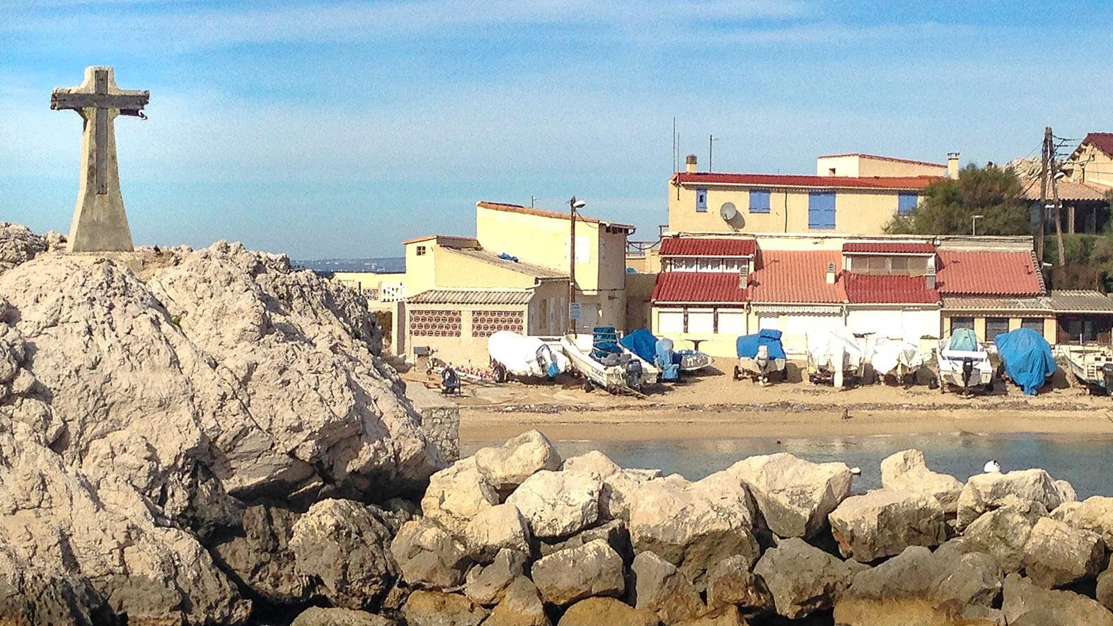 Calanques de Marseille: Das Steinkreuz vom Cap Croisette. Foto: Hilke Maunder