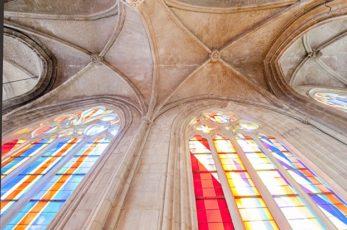 Normandie_Harfleur_Kirche_Glasfenster 3_©Hilke Maunder