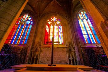 Normandie_Harfleur_Kirche_Glasfenster_2 ©Hilke Maunder