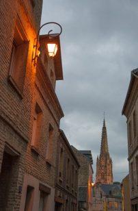 Normandie_Harfleur_Kirche_centre_abends_1_©Hilke Maunder