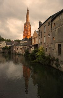 Normandie_Harfleur_Kirche_centre_abends_2_©Hilke Maunder